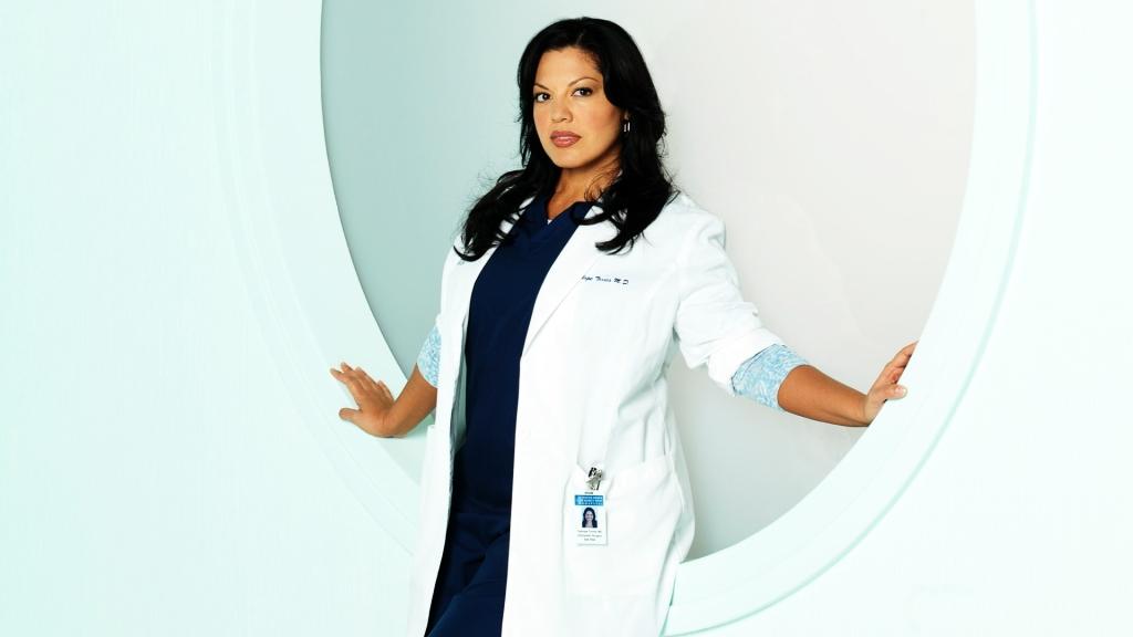 Sara Ramirez als dokter Torres in Grey's Anatomy. (Foto ABC)