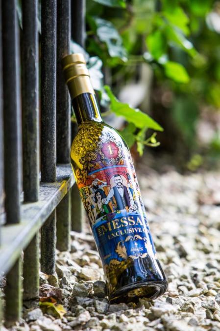 BEERNEM - Heinz Van Roye, The Message Exclusive Gin.